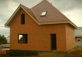 Построили арболитовый дом 9,5х9,5 в Клопузово