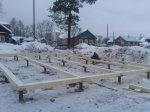 Зимний монтаж винтового фундамента под дом плюс обвязка брусом 200x200 мм