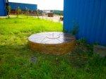 Колодец отделанный штампованным бетоном