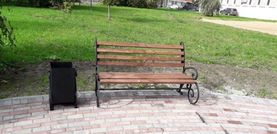 Кованые скамейки в Череповце