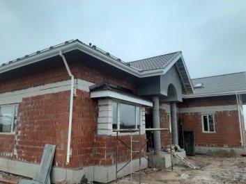 Водосточная система дома из керамических блоков