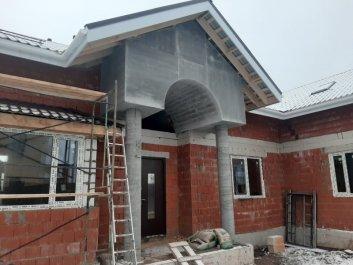 Крыльцо дома из керамоблоков