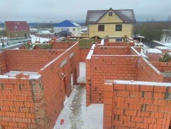 Кладка стен дома из керамоблоков фото 1