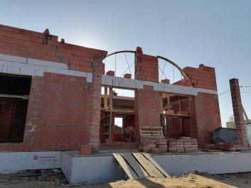 Кладка стен дома из керамоблоков фото 6